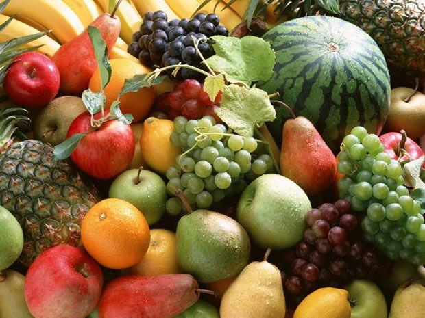 Frutas que Auxiliam na Retenção de Líquidos