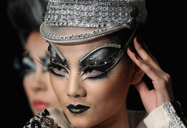 Makes do China Fashion Week
