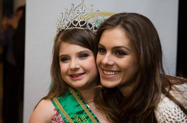 Mini Miss Brasil Universo