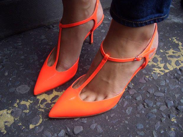 Sapatos Neon