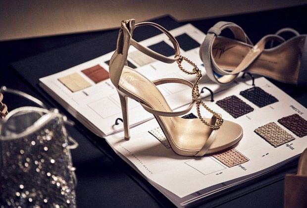 Coleção de Sapatos e Bolsas
