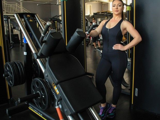 Após Perder Peso Anna é Vencedora do Concurso Beleza Brasil Mundial